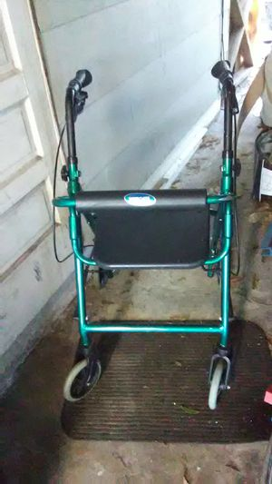 Small Invacare Walker rated for 250 lb for Sale in St. Petersburg, FL