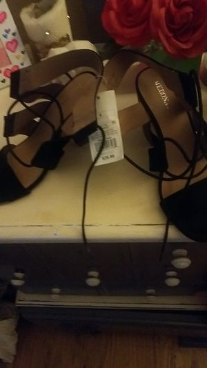 Size 6 heels for Sale in Newport, KY