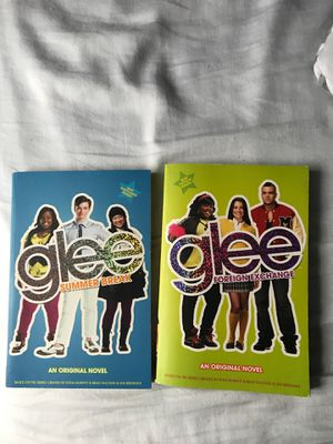 Glee books $1 for both for Sale in Murfreesboro, TN