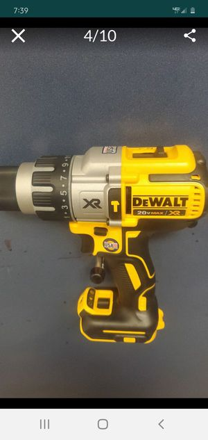 ****Deal of the day****XR BRUSHLES HAMMER DRILL/ DRILL DRIVER+FLEX VOLT 9AH BATTERY for Sale in Renton, WA