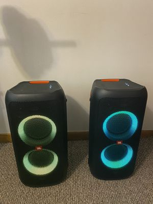JBL party box 100 for Sale in Burbank, IL