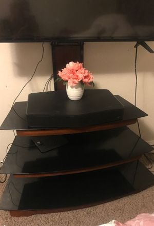 Tv stand. Holds up to 135 lbs. BETTER OFFER. for Sale in Fresno, CA
