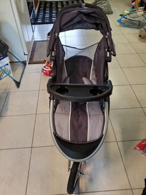 BabyTrend stroller and car seat set for Sale in Riverview, FL