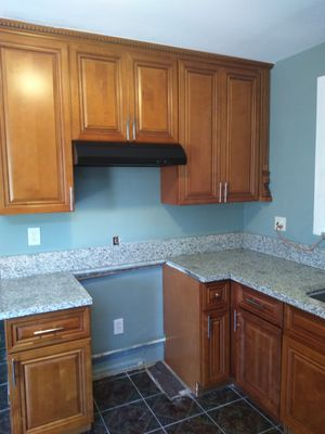 Kitchen and cabinets for Sale in Lynwood, CA