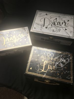 Memory boxes for Sale in Kinston, NC