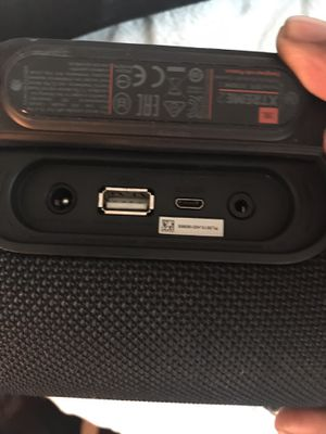 Waterproof JBL Extreme 2 & Charger for Sale in Pittsburgh, PA
