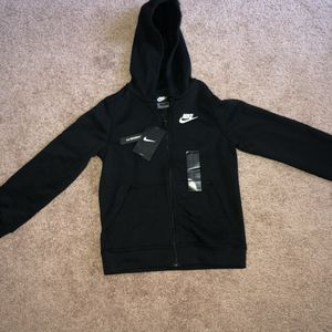 Brand new Nike Sweater (Size S) Youth for Sale in Modesto, CA