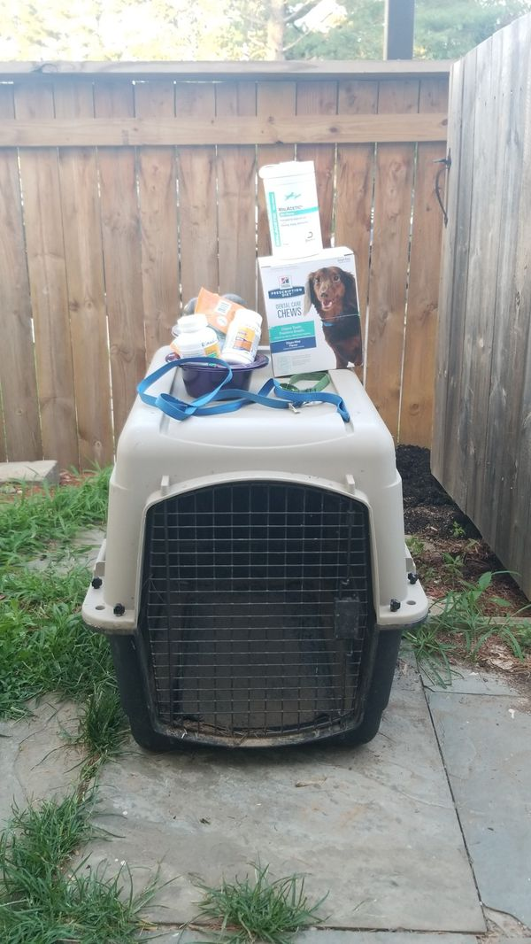 Dog crate / pet supplies - price negotiable
