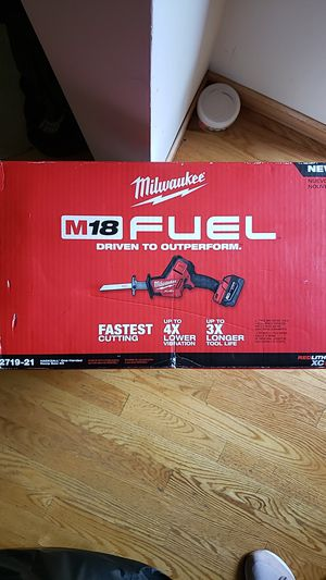 Milwaukee M18 FUEL DRIVEN TO OUTPERFORM for Sale in Burnsville, MN