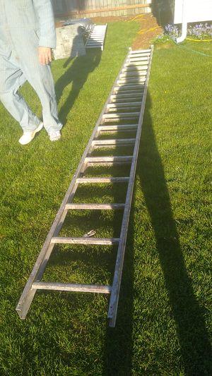 Warner 36ft aluminum extension ladder for Sale in Portland, OR