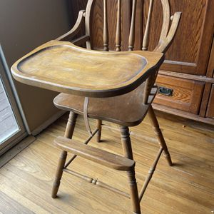 Vintage High Chair For Dolls for Sale in Spring Valley, CA