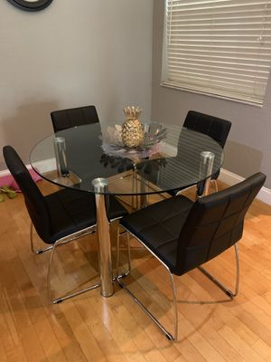 Chrome glass table with 4 chairs for Sale in Oakland Park, FL