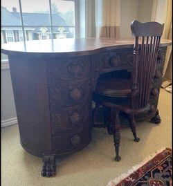 Antique desk/vanity for Sale in Beaverton,  OR