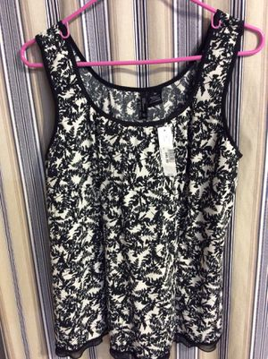 WOMEN'S Size 3X, Swimsuit TOP ONLY, with built in Bra, NEVER WORN, meet at Huddle House/exxon at 2426 E Lamar Alexander parkway Maryville for Sale in Maryville, TN