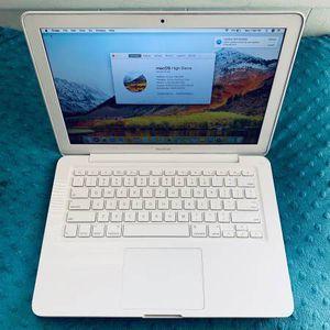 "MacBook (Late 2010) 13"" 440GB Storage, 4GB Ram, Logic Pro X for Sale in Philadelphia, PA"