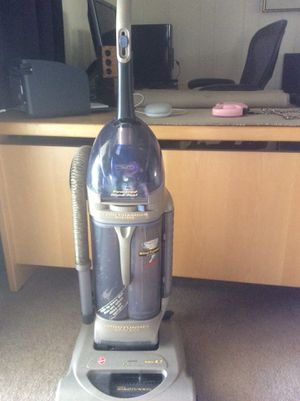 Hoover WindTunnel Vacuum for Sale in El Cajon, CA