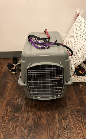 Dog kennel for sale for Sale in Brooklyn, NY