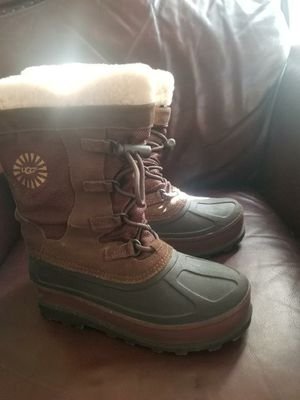 Ugg Winter/Rain boots Size 5 for Sale in Waterbury, CT