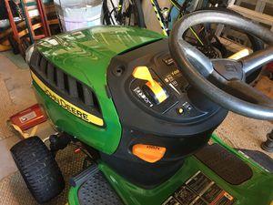 John Deere riding lawn mower for Sale in Land O Lakes, FL