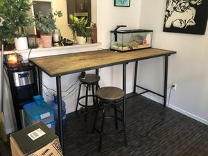 Wooden dinning table. for Sale in Las Vegas, NV