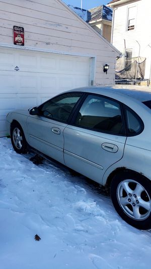 Ford Taurus 2003 for Sale in Newark, OH