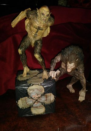 BRAM STOKER'S DRACULA 2-pack action figures for Sale in Portland, OR