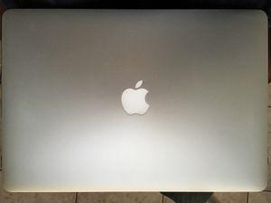 Macbook Pro mid-2015 w/ box laptop apple for Sale in San Diego, CA