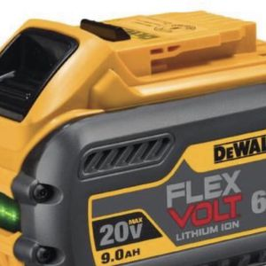 DEWALT 9AMP BATTERY AND CHARGER for Sale in Staten Island, NY
