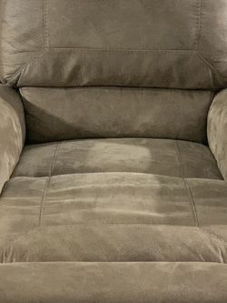 Single sofa seat for Sale in Columbus,  OH