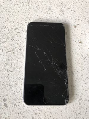 iPhone 6s Plus slightly cracked screen for Sale in Miami, FL