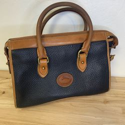 Vintage Dooney And Burke All Weather Leather Purse for Sale in San Jose,  CA