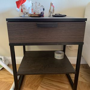 One Side Table for Sale in West New York, NJ