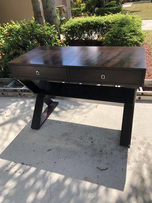 Desk for Sale in Davie, FL