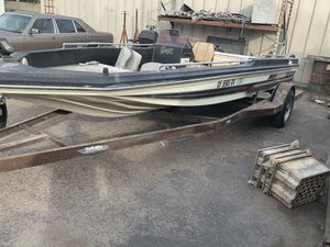FREE ranger bass boat with title NO TRAILER for Sale in Santa Ana, CA