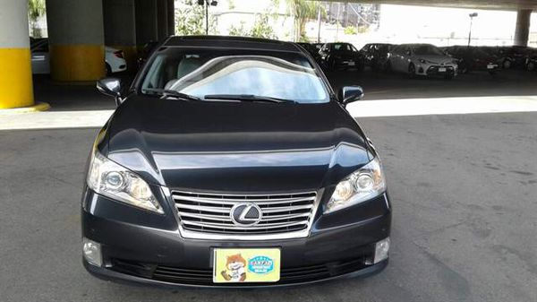 2010 Lexus ES (like new) financing and warranty available with down payment and proof of income