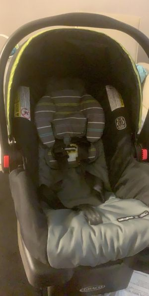 Graco Car seat and stroller combo for Sale in Cape Coral, FL