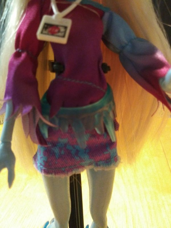 Abby Bominable - Monster High Doll