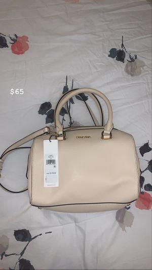 Calvin Klein off white ivory hand bag for Sale in Sayreville, NJ