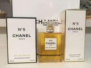 CHANEL No 5 PERFUME FOR WOMEN 2PC GIFT SET EDP 3.4OZ + 6.8OZ BODY LOTION NEW IN BOX for Sale in Dallas, TX