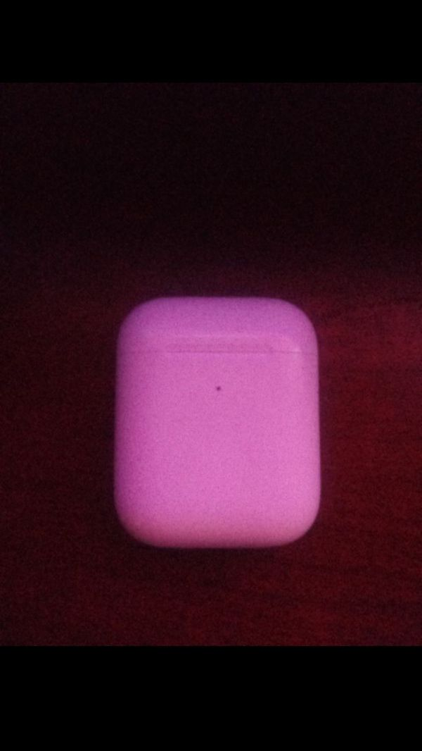 Airpods 2 GENERATION no less you don't make the price i do so don't give me a price is 80$ im selling so (80$)