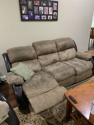 Couches (sofa, loveseat & recliner) for Sale in Spanish Fort, AL