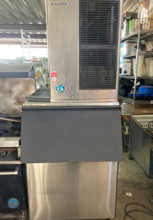 Restaurant equipment ice maker and bin for Sale in Phoenix, AZ