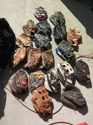 Lefty baseball glove for Sale in La Puente, CA