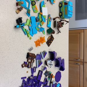 Lego Scooby Doo Minifigures And Mystery Van And Bulk Pieces for Sale in Huntington Beach, CA