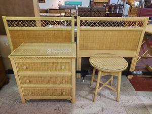 Vintage Wicker Bedroom Set for Sale in Bechtelsville, PA