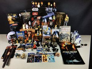 Star Wars collectables - Action figures, books and more for Sale in Woodway, WA