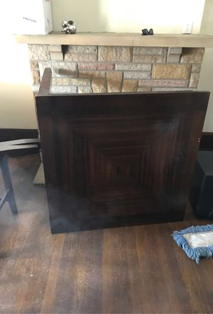 Kitchen table and 4 chairs for Sale in Newark, OH