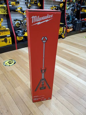 Milwaukee M18 2135-20 Rocket LED Tower Light/Charger (Tool-Only) for Sale in Framingham, MA