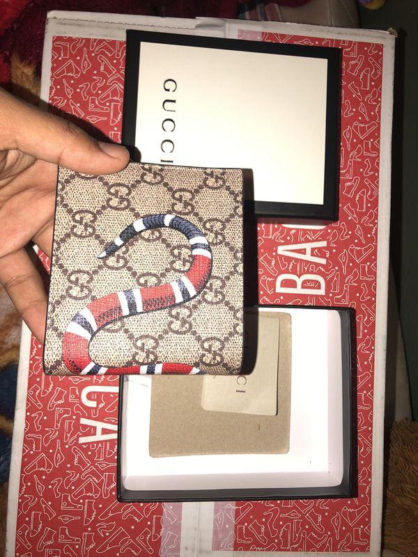 Men's Gucci Snake Bifold Wallet