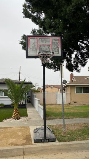 Basketball Hoop for Sale in Downey, CA